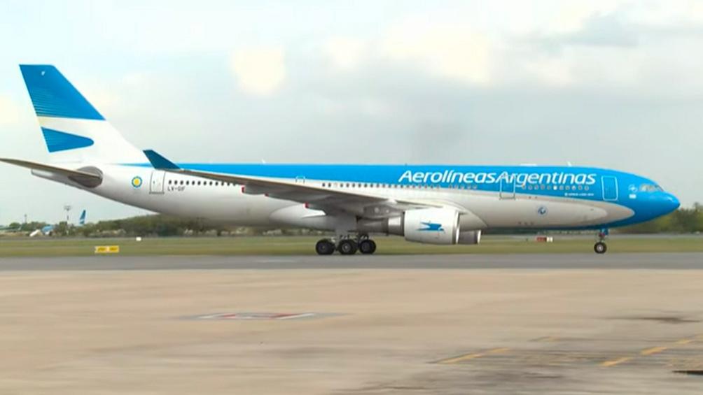 El vuelo podría estar llegando a Ezeiza el jueves después de las 19.