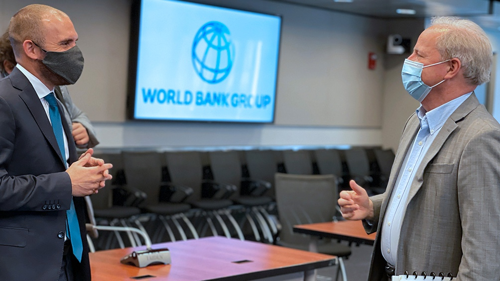 El compromiso fue explicitado durante una reunión que mantuvo en Washington el ministro de Economía, Martín Guzmán