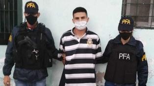 Detuvieron a uno de los presuntos asesinos del policía retirado de Barracas