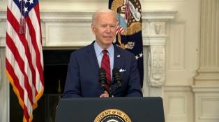 """Biden pide un veredicto """"correcto"""" por la muerte de George Floyd"""