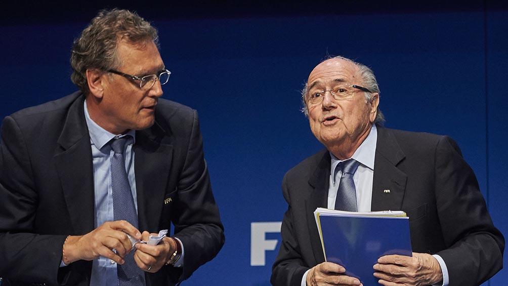 La FIFA declaró culpables a Joseph Blatter y Jerome Valcke, ambos multados e inhabilitados