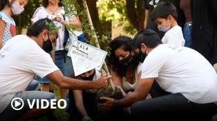 Plantaron árboles en la exESMA para recordar a las víctimas del terrorismo de Estado