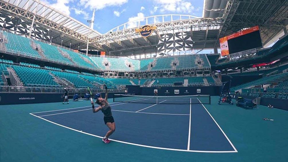 La máxima favorita al título en Miami es la australiana Ashleigh Barty (1), seguida por la japonesa Naomi Osaka (2).