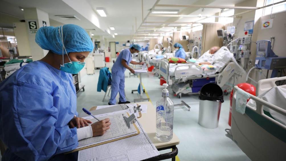 La pandemia azota a Peú a solo una semana de las elecciones