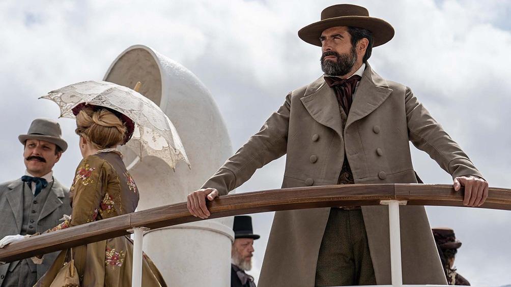 La serie tiene diez episodios que abarcan unos veinte años de narrativa, centrados especialmente en la década de 1860