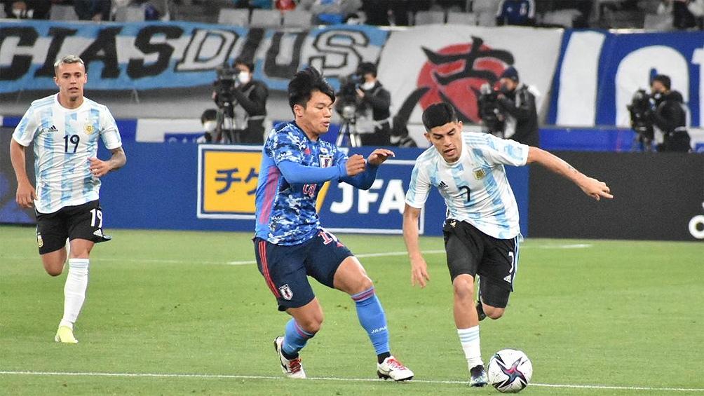 Escena del partido entre Argentina y Japón
