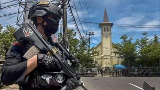 Un ataque suicida contra una catedral tras la misa de Ramos, dejó 14 heridos