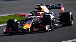 Hamilton abrió la temporada con una victoria en Bahréin