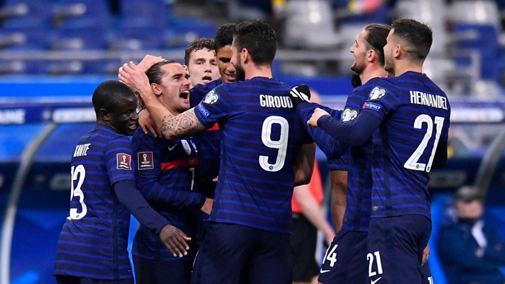 Francia, campeón del mundo, juega con Kazajistán y Rumania recibe a Alemania