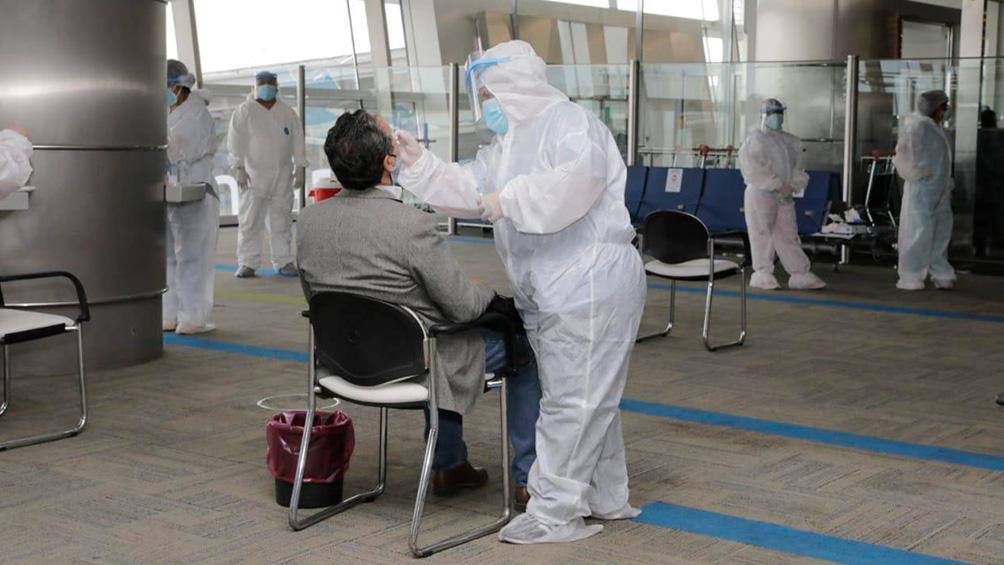 Un total de 16 pasajeros dieron positivo en los testeos que se hicieron en Aeroparque y Ezeiza
