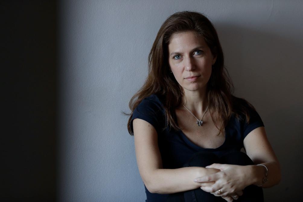 """María Paula Zacharias publicó el"""" Decálogo de un casamiento"""" (Mansalva) en el que indaga en la felicidad del amor y la familia."""