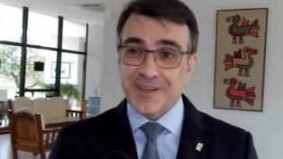 Quién es el nuevo canciller: un diplomático asesor de Bolsonaro que no niega el coronavirus