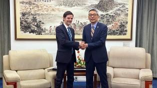 Argentina procura apoio da China nas negociações com o FMI
