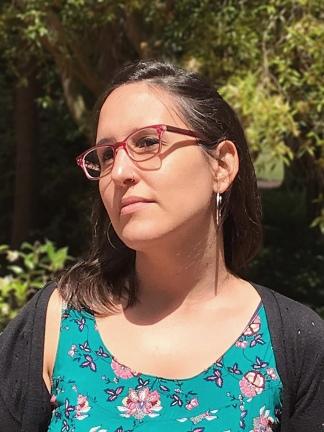 Gabriela Burin nació en Buenos Aires y dirige el taller de ilustración Dos Meninas, junto a Jimena Tello.