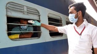 India superó los 93.000 casos diarios, el máximo desde septiembre