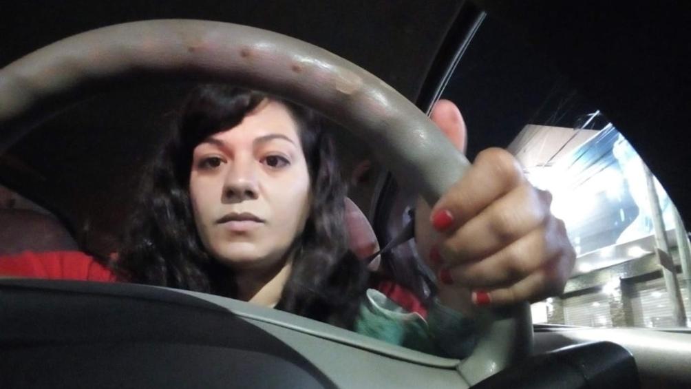 """Barroso aseguró que transportando mujeres da """"un servicio en espejo: yo me siento más segura y mis pasajeras también""""."""