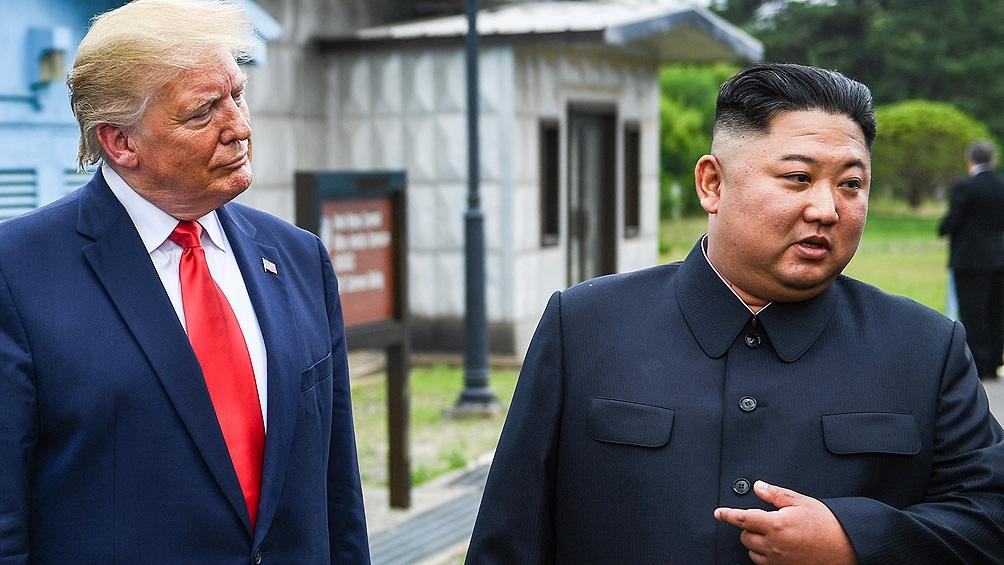 El expresidente Trump mantuvo tres encuentros con Kim.