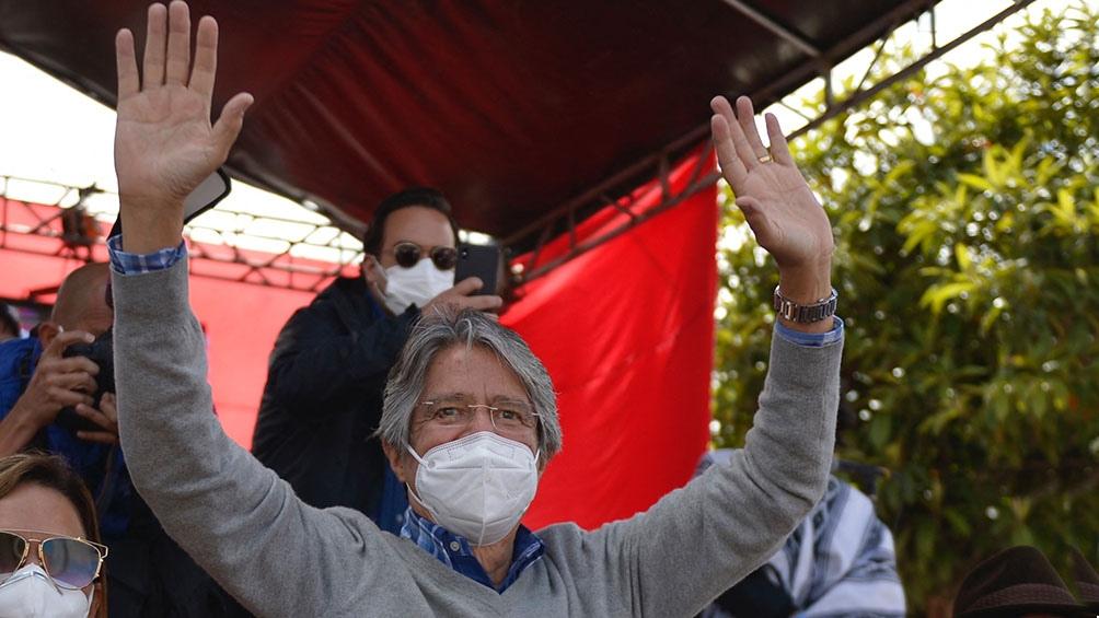 El candidato conservador Guillermo Lasso. (Foto AFP)