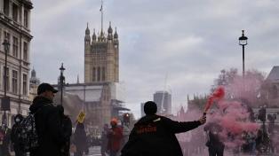 Cortaron el paso en el puente del Big Ben para protestar por un proyecto de ley