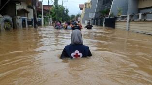 Inundaciones en Indonesia: murieron 44 personas