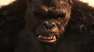 """El gran arranque de """"Godzilla vs. Kong"""" en Estados Unidos alienta un renacer de los cines"""