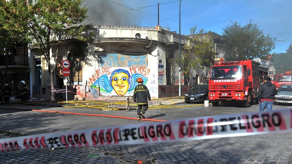 En el 2015, otro incendio, esta vez en el barrio de Flores, dejó dos niños muertos. (Foto: Télam)