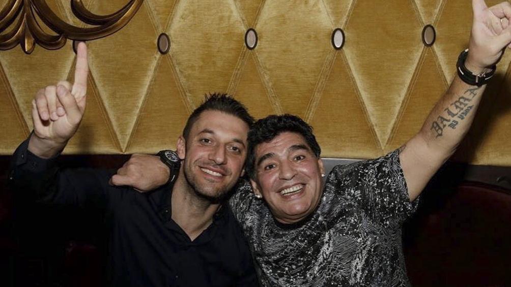 """Según Morla, a Dalma y Gianinna  """"solo les importa"""" la marca Maradona."""