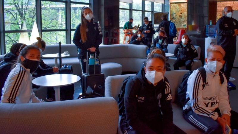El seleccionado femenino llegó a Bilbao para jugar una copa internacional