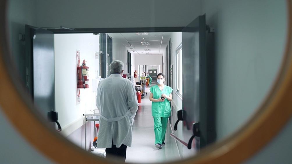 El trabajo en los centros de salud es el tema del documental.
