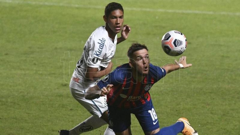 San Lorenzo cayó ante Santos y complicó sus chances de clasificar a la fase de grupos
