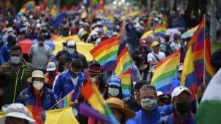 Ecuador: según 14 de 17 sondeos, Arauz será el próximo presidente
