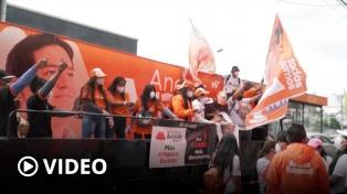 Balotaje presidencial en Ecuador: a la caza de los votos antigrieta