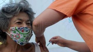Es alta lapredisposición a vacunarse y amplia la aceptación de medidas restrictivas