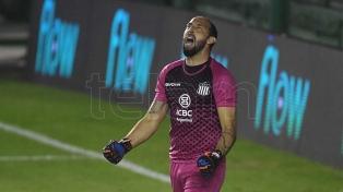 Talleres, por penales, venció a Vélez y clasificó a octavos