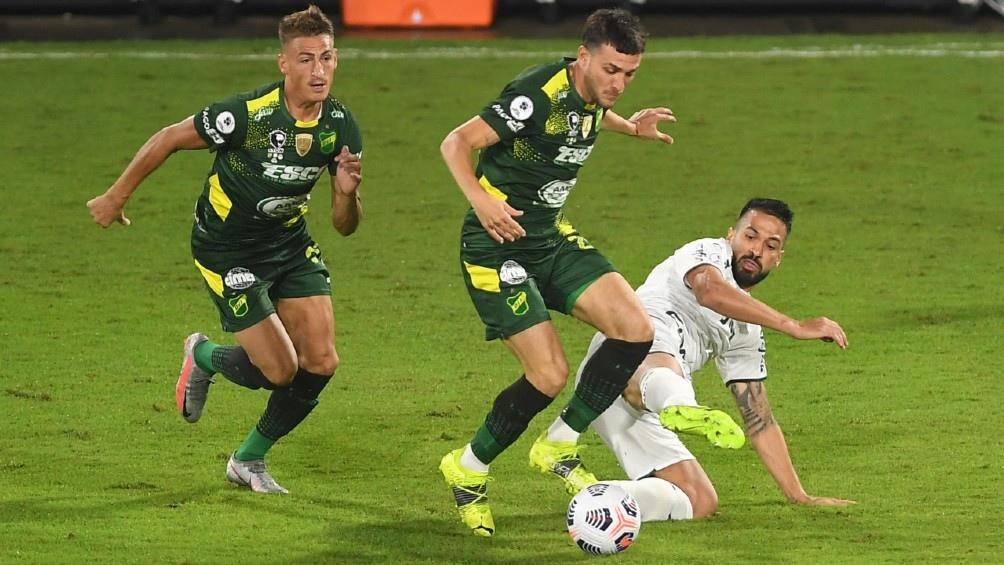Escena del partido entre Defensa y Justicia y Palmeiras