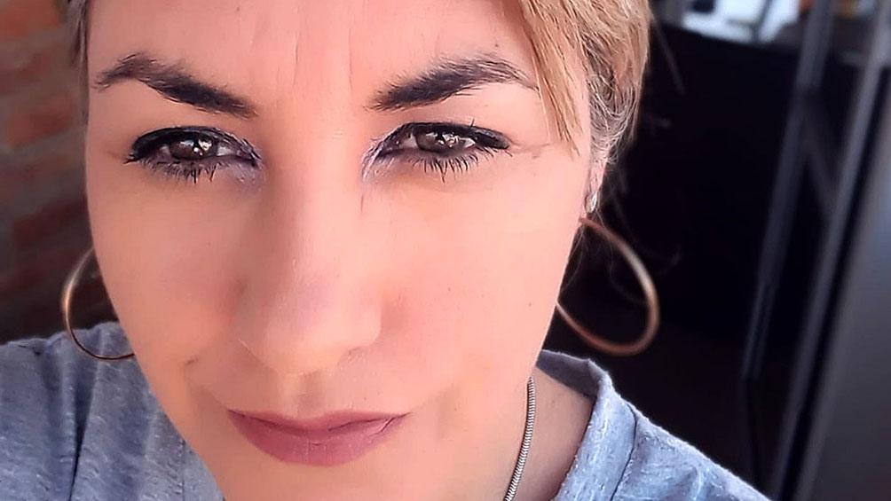 La mujer asesinada fue identificada como Analía Marcela Maydana.