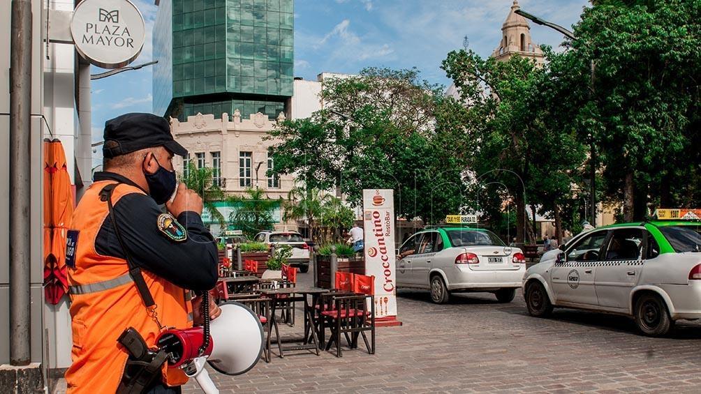 En Santiago del Estero le piden a la población que no deambule por la calle.
