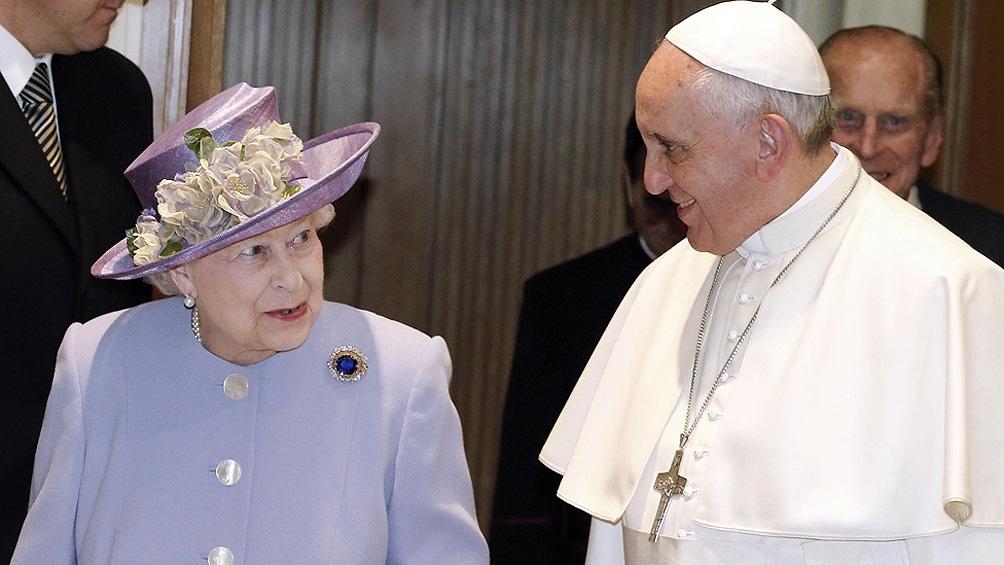 Francisco envió un mensaje a la reina Isabel II por la muerte de su esposo, el príncipe Felipe.