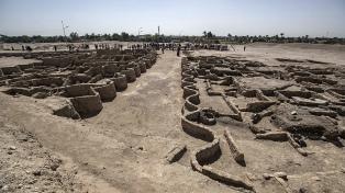 """Los últimos descubrimientos son """"parte"""" de una ciudad dorada perdida de más de 3.000 años"""