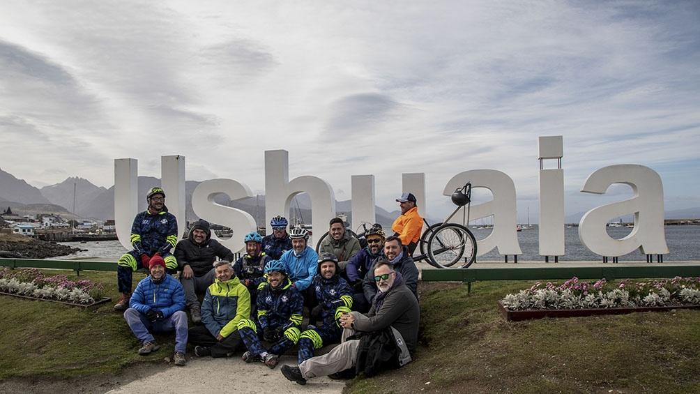 El equipo se instaló en el Barrio Cauquenes de Ushuaia para entrenar 40 días.