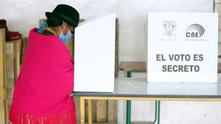 Comenzó el escrutinio en Ecuador tras una jornada ordenada y tranquila