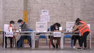 Perú se encamina a un balotaje con una gran polarización