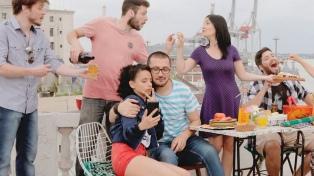 """""""Feriados"""", éxito en la TV uruguaya, se verá por el canal de la Untref"""