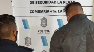 El delincuente baleado por los custodios de Bonafini tenía orden de detención por otro delito