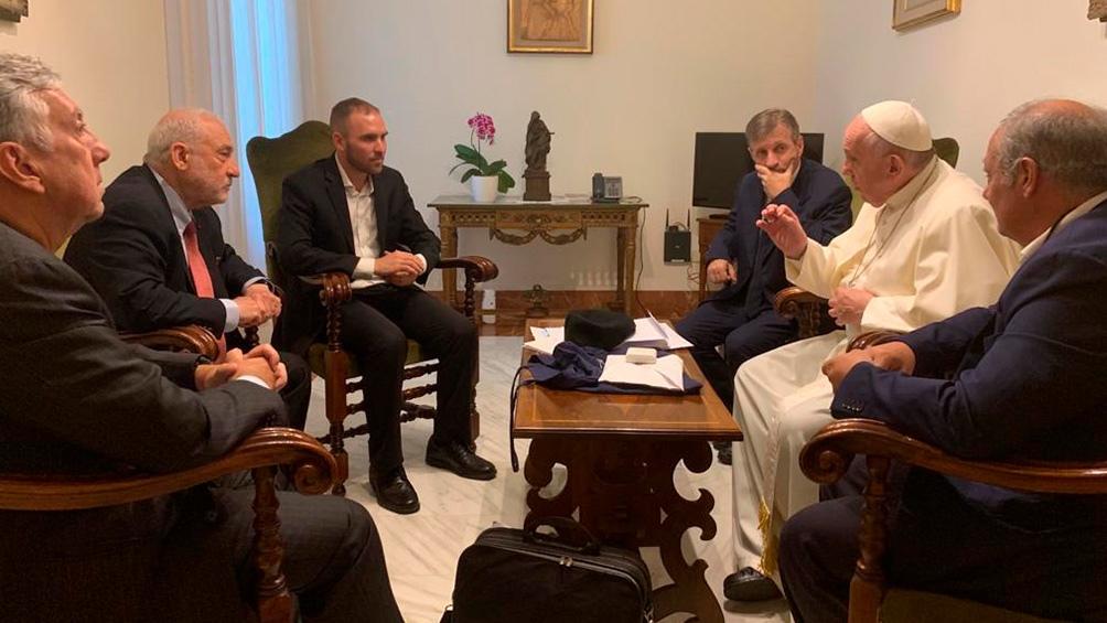 La reunión con el Papa será una de las actividades previstas del ministro en Roma, junto a una delegación que también integra el director ante el Fondo Monetario Internacional (FMI) por la Argentina y el Cono Sur, Sergio Chodos