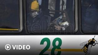"""Anuncian """"medidas complementarias"""" para que el transporte circule con ventanas abiertas"""