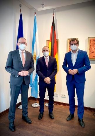 Guzmán tuvo su tercera jornada de reuniones, esta vez en Alemania.