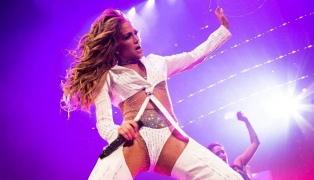 La empresa productora de Jennifer Lopez firmó un acuerdo de exclusividad con Netflix
