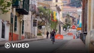 """Colombia confinará a 12 millones de personas por un """"tercer pico"""" de coronavirus"""