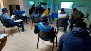 Derechos Humanos: iniciaron cursos de español para migrantes africanos